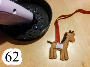 numbered-hot-glue-velcro-loose-giraffe-Noahs-ark